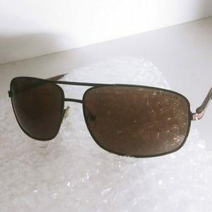 Tommy Hilfiger sunglasses 😎
